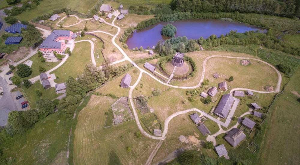 Archäologische Rekonstruktion mittelalterlicher Bauwerke